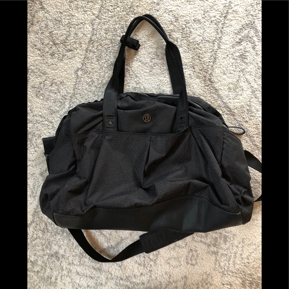 e4b10233747 Lu lu lemon gym bag Gently used but great condition All the